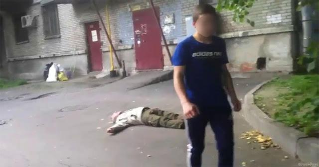 В Санкт-Петербурге Задержаны Подростки, Избивавшие Стариков И Снимавшие Это На Видео