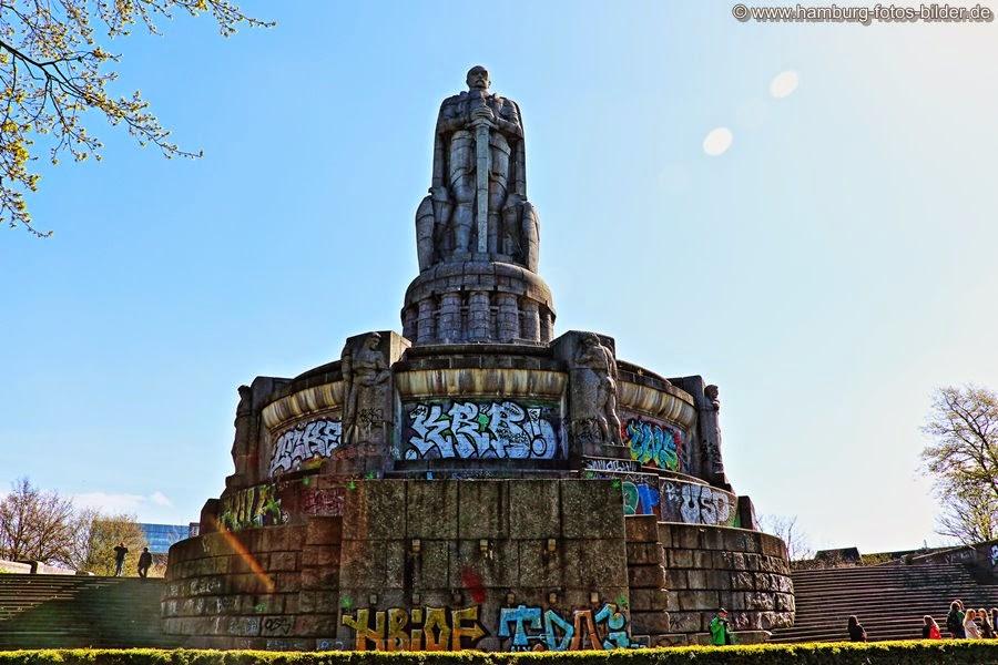 Bismarck Denkmal Frontseite