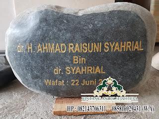Nisan Dompalan Batu Kali