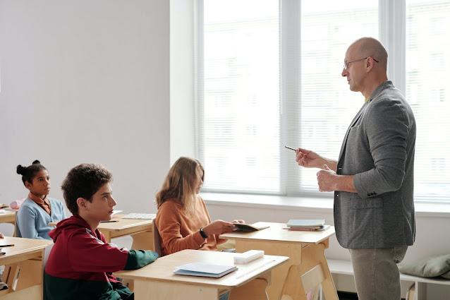 Model Pembelajaran Kooperatif (CL, Cooperative Learning)
