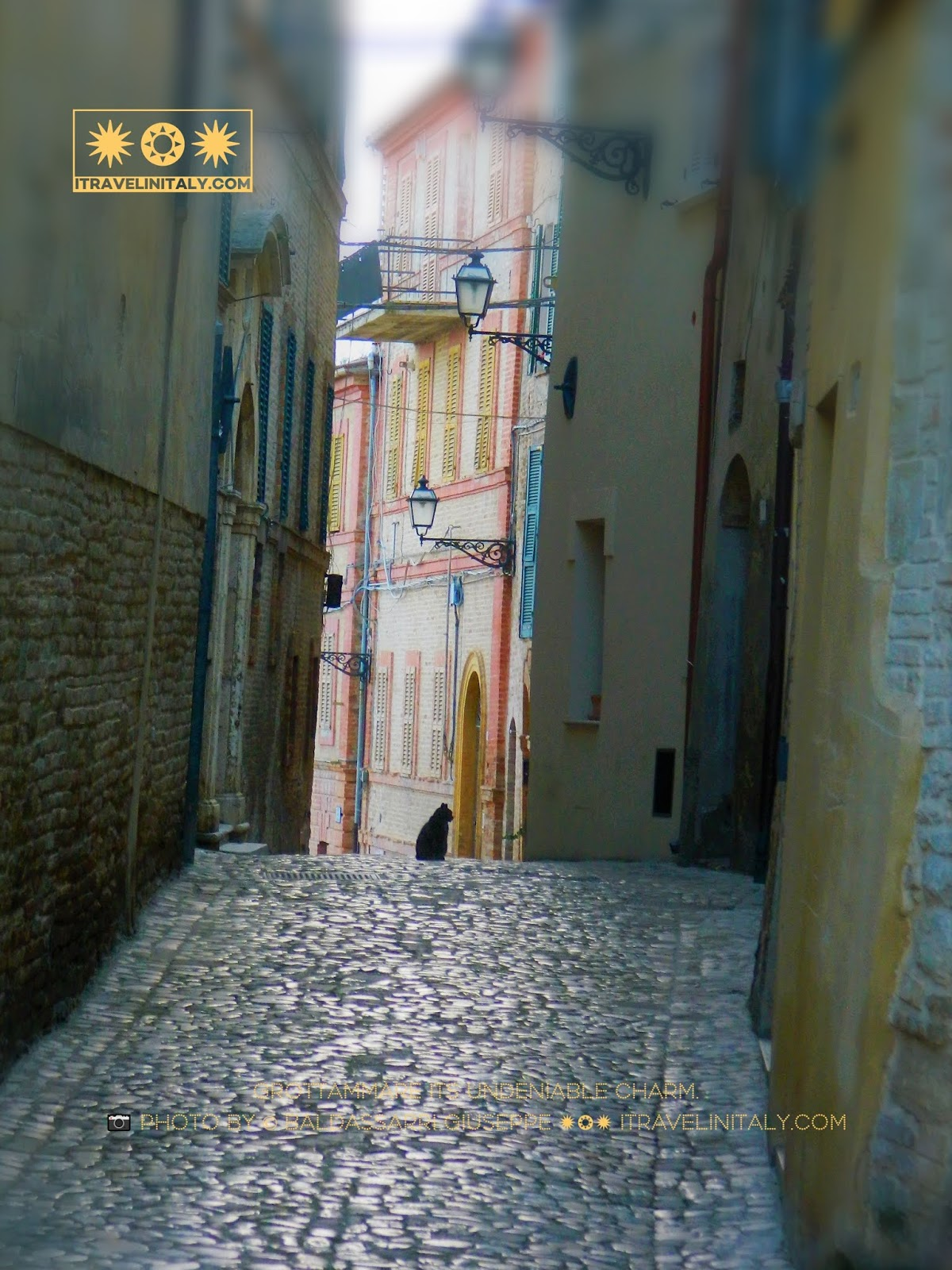 Grottammare its undeniable charm. 📷 photo By © Baldassarri Giuseppe ✹❂✹ itravelinitaly.com Travel is the traveler in Italy