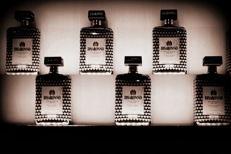 disaronno moschino bottle cooperation