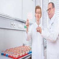 diretor da clínica de mulheres no Hospital Universitário Heidelberg na Alemanha