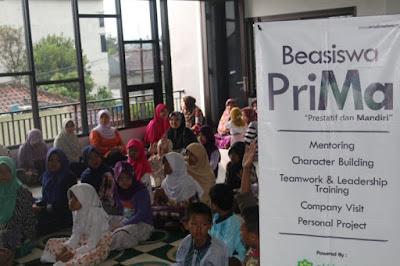 santunan yatim dan dhuafa amal madani indonesia