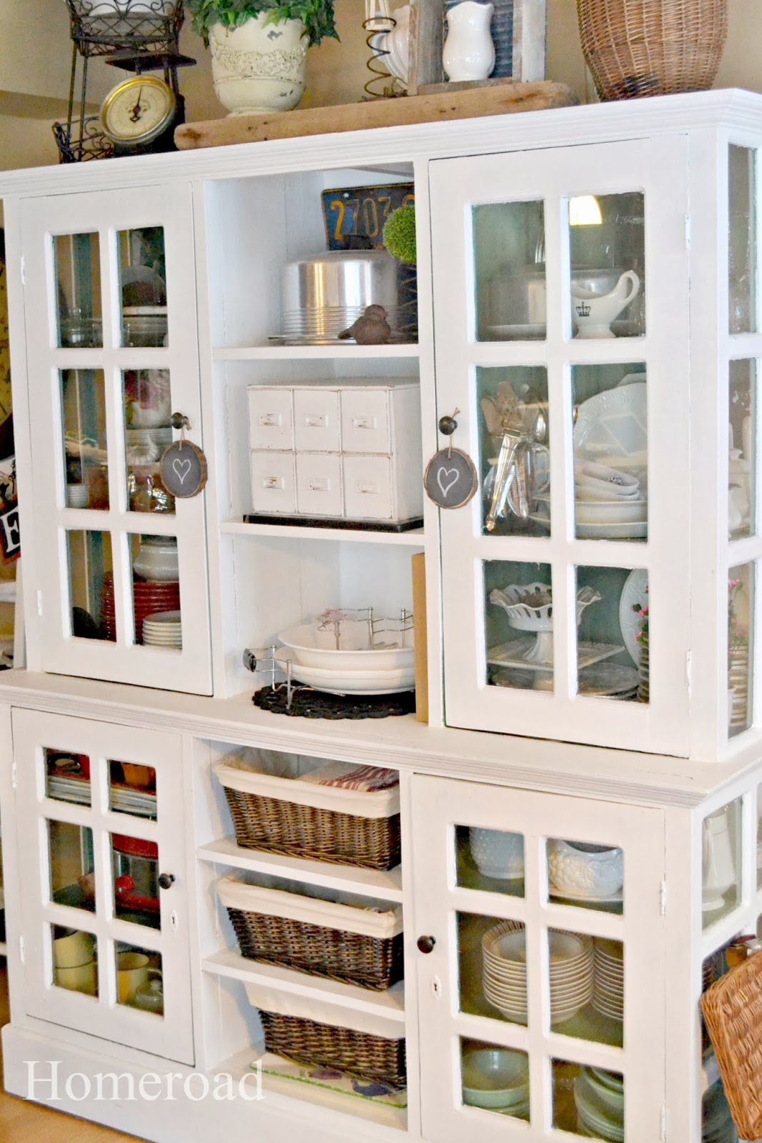 organizing a hutch www.homeroad.net