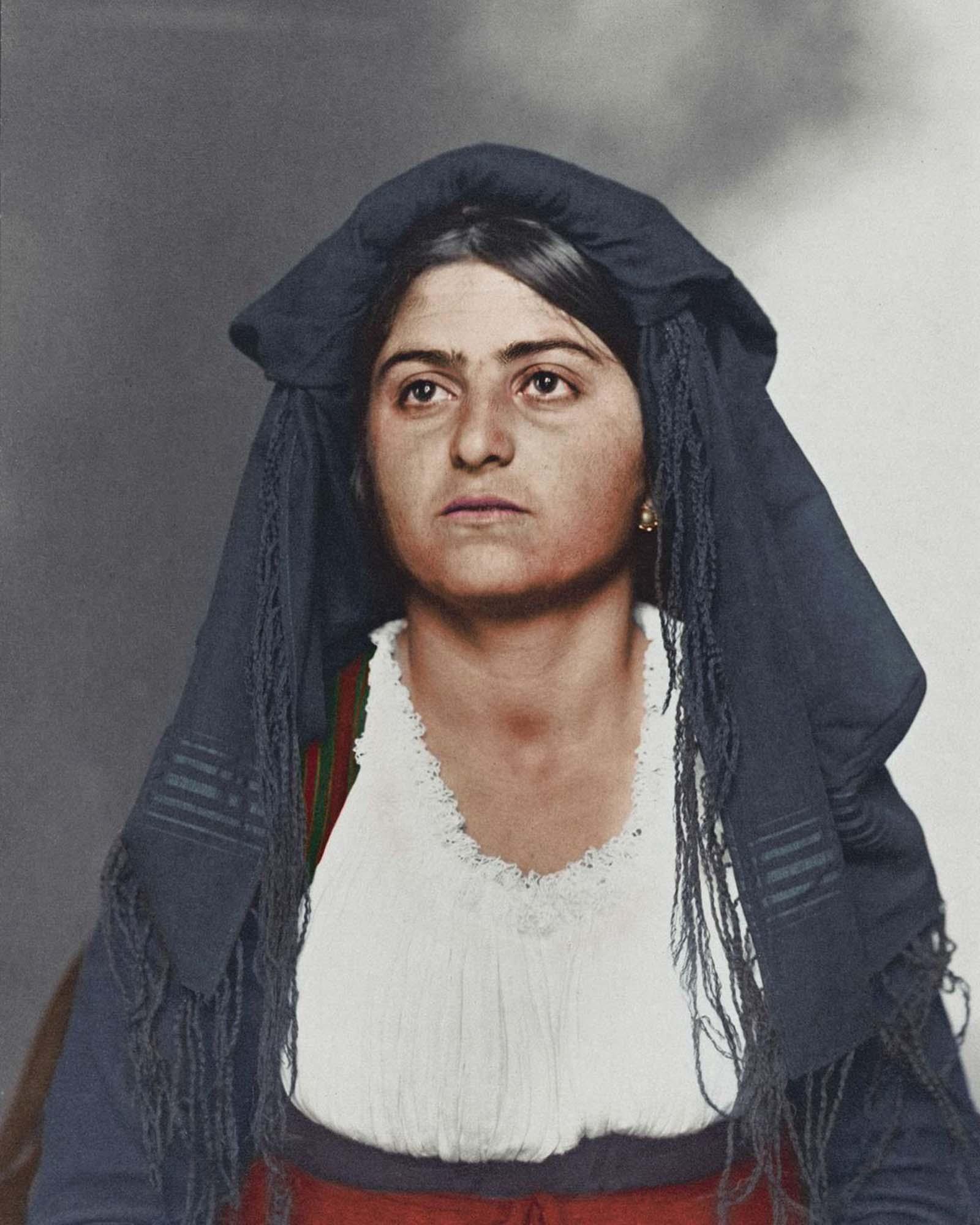 ellis islandi immigrants colorized