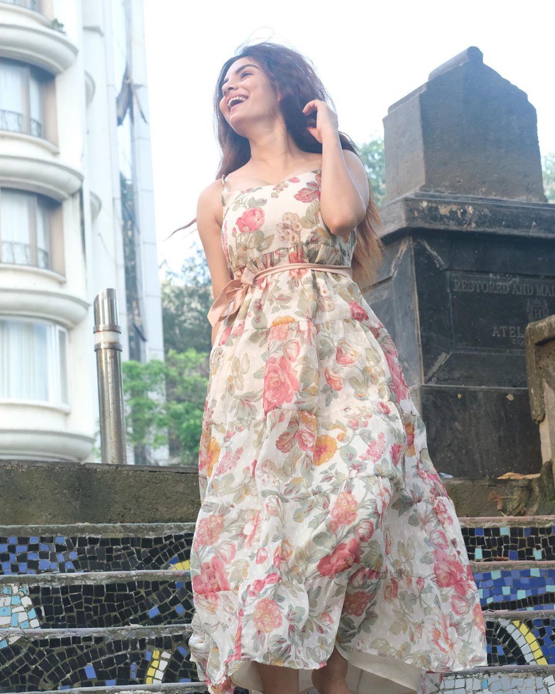 Anveshi Jain Hot & Sexy Photos