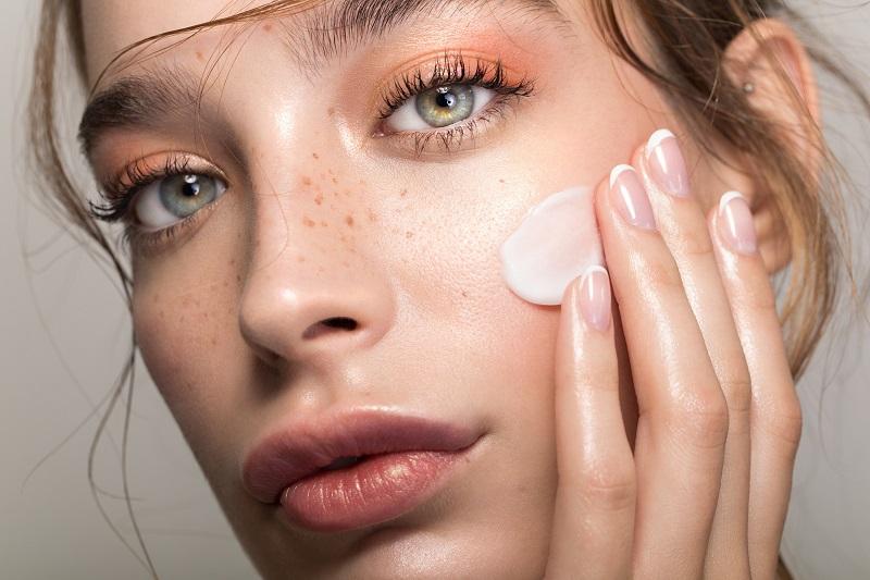 Benefícios das Ceramidas Para a Pele Seca, Vermelha ou Irritada
