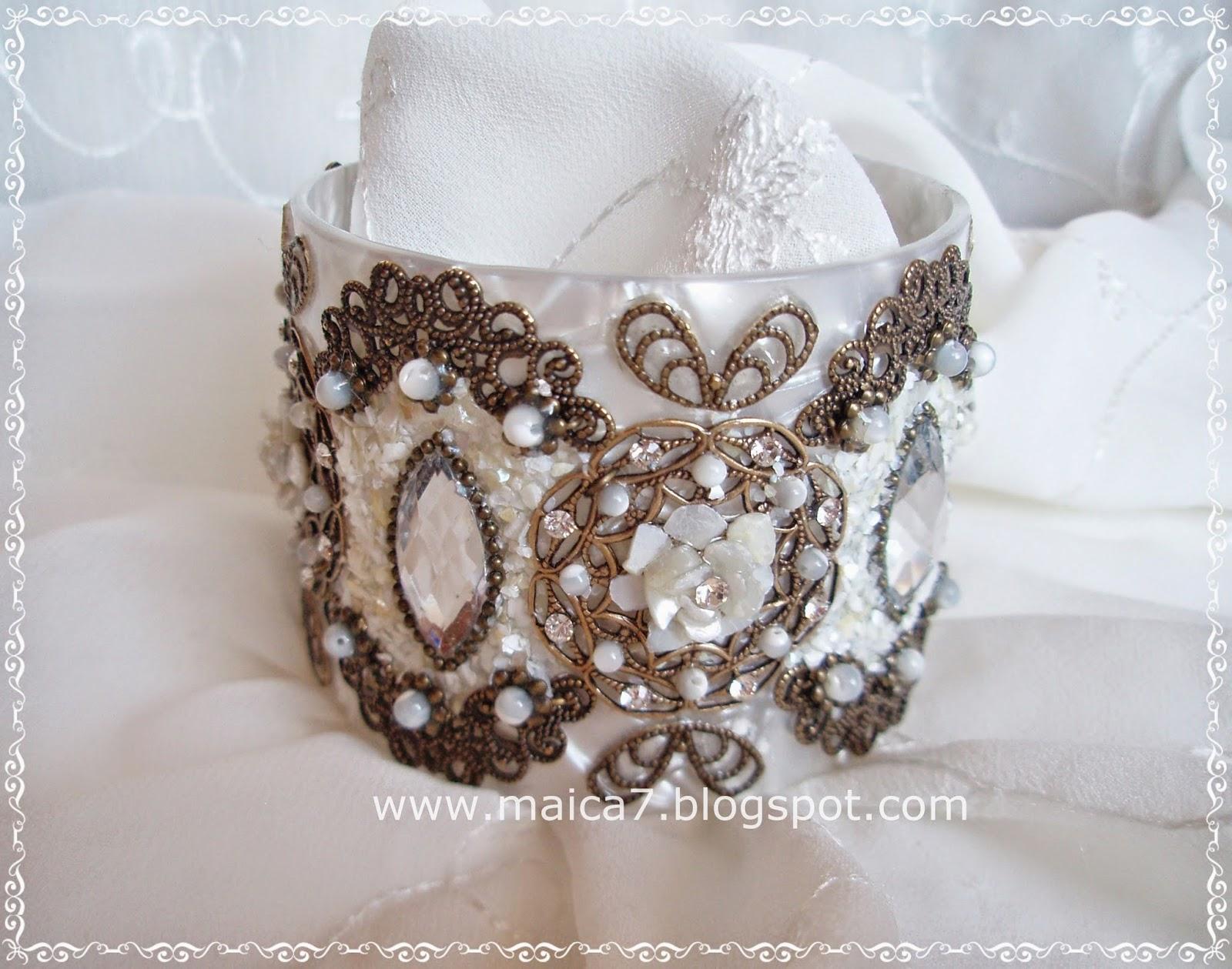 15d8e684e4b1 Complementos para novias  pendientes y tocados. Bisutería artesanal ...