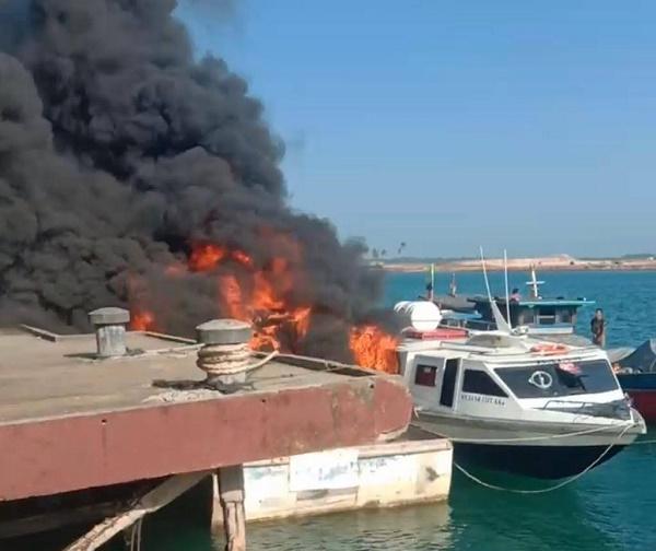 Lima Unit Kapal Terbakar, Berikut Penjelasan BC Batam dan Polsek Batu Aji