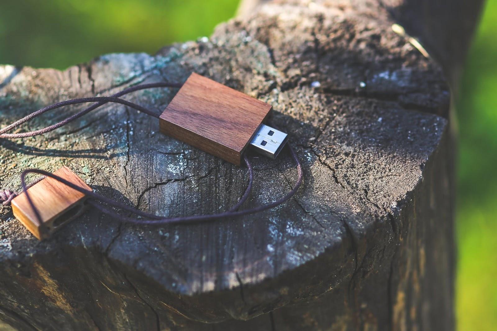 كيف تنشئ نسخة احتياطية أو باك آب backup للفلاش ميموري  USB