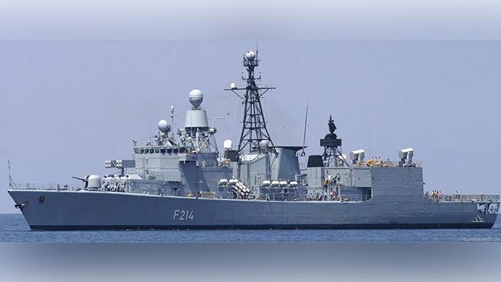 Perkuat Angkatan Laut, Kemenhan Lirik Kapal Perang Fregat Bremen