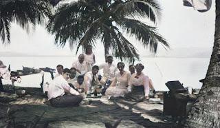 piknik para turis di tapanuli