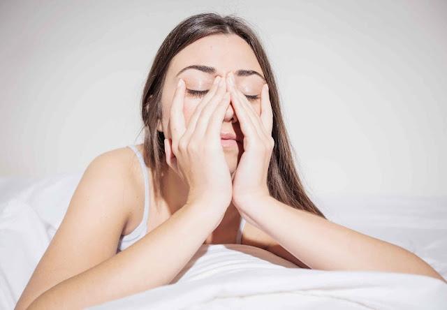 Bahaya Tidur Terlalu Malam bagi Wanita