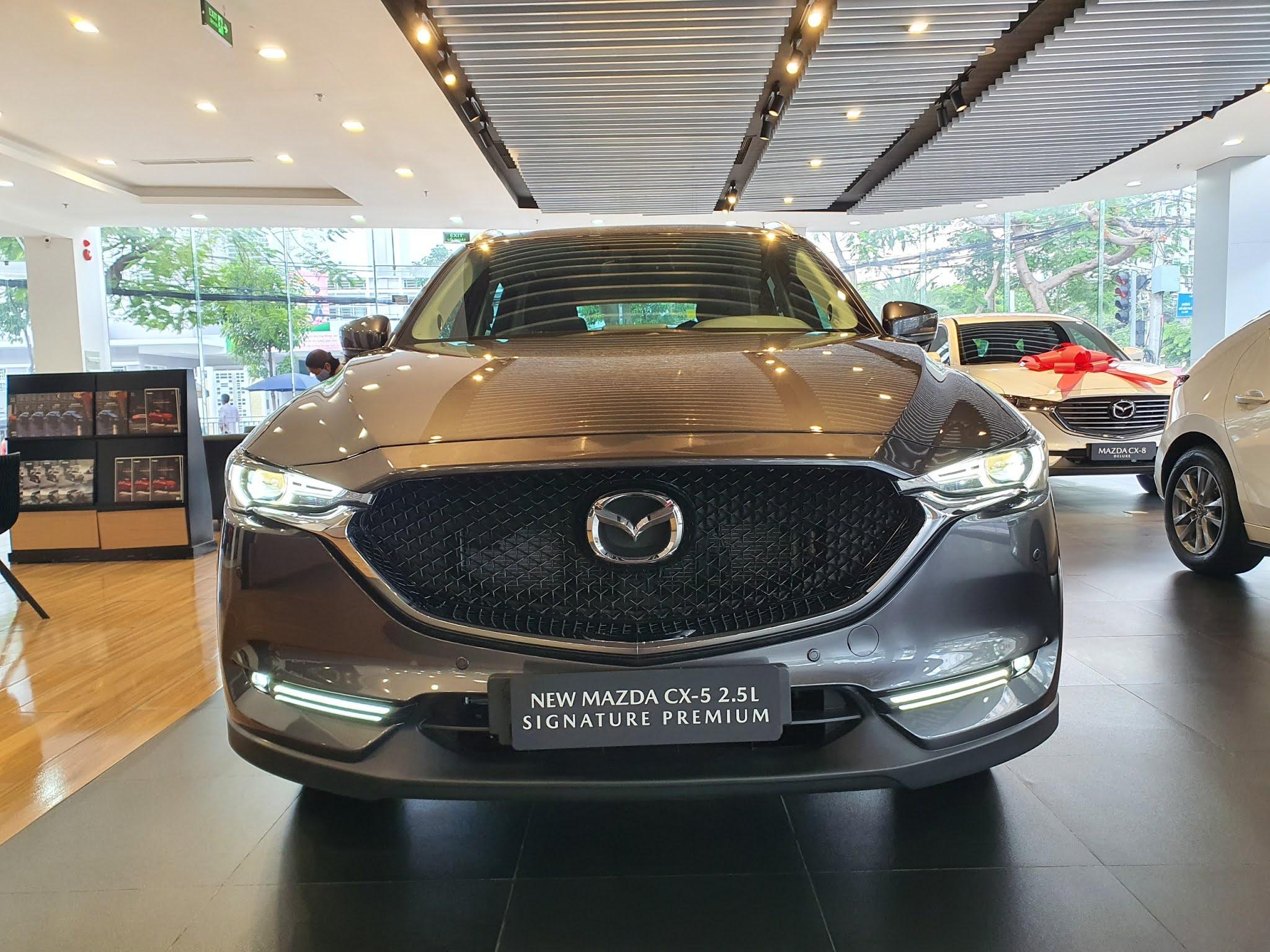 New Mazda Cx5 xám kim loại tại thị trường việt nam