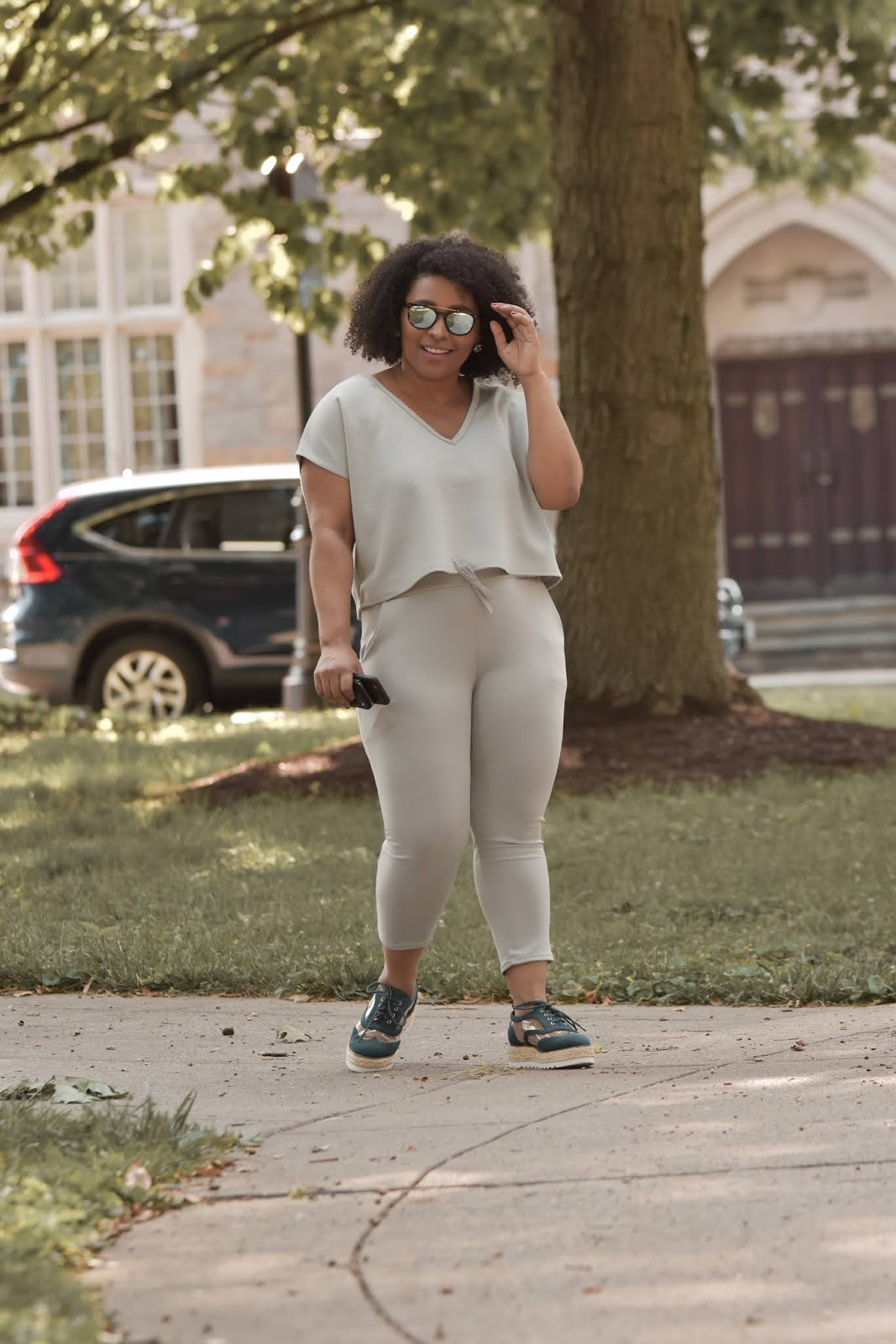 Femme luxe, luxe gal, femme luxe reviews, pattys kloset, two piece set, jogger two piece sets, summer jogger sets