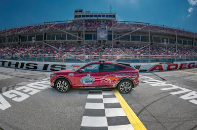 Mustang Mach-E Ready to Electrify NASCAR Fans at Talladega Superspeedway in Pace Car Debut