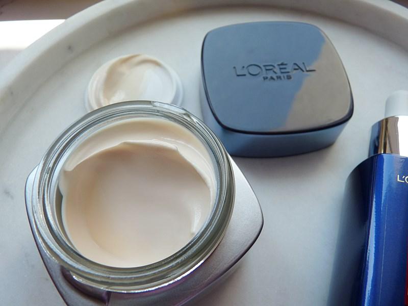 L'Oreal Revitalift Filler krem na dzień z filtrem SPF 50