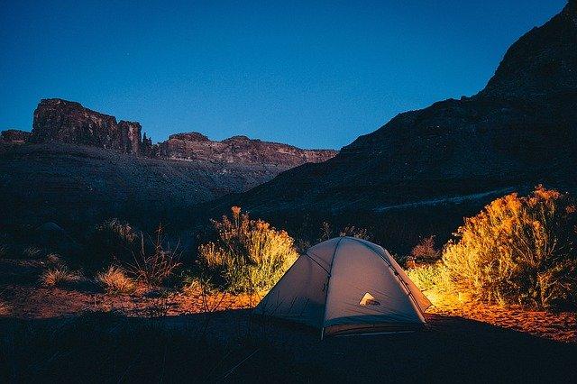 Roteiro para acampamento