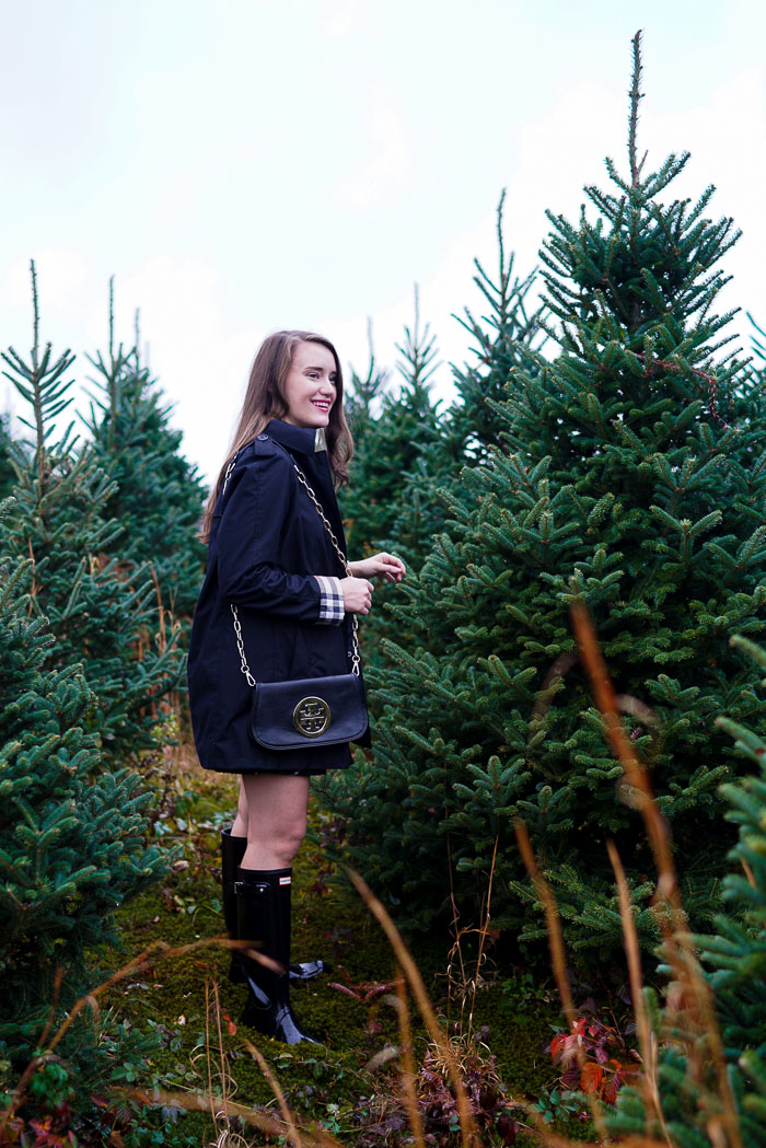 Krista Robertson, Covering the Bases,Travel Blog, NYC Blog, Preppy Blog, Style, Fashion Blog, Travel, Fashion, Preppy Blogger, Preppy Outfits, Christmas Tree Picking, Christmas Tree Farm,