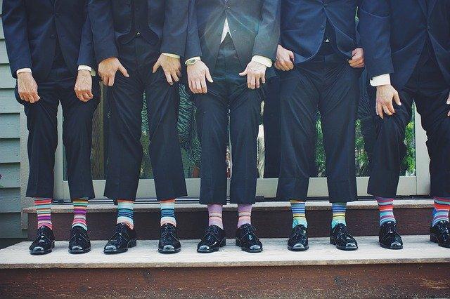 মোজা ব্যবহারের ৪টি স্বাস্থ্যকর উপকারিতা, মোজা পরার স্বাস্থ্যকর টিপস, Benefits of using socks,