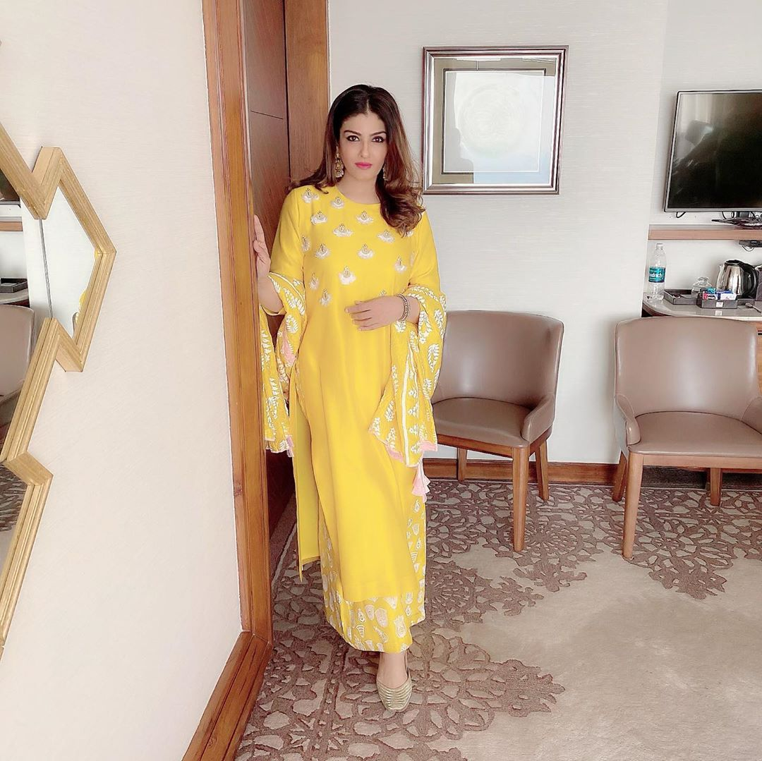 raveena-tandon-anger-over-the-sale-of-bats-in-China