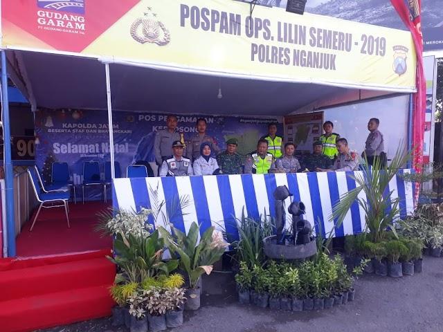 Ratusan Personil Diagakan Polres Nganjuk dan Dirikan Pos Yan, dan Pos Pam  Agar Nataru Aman dan Kondusif