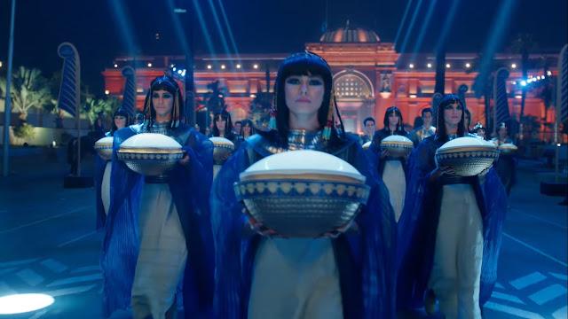 Imagem do desfile de múmias no Egito