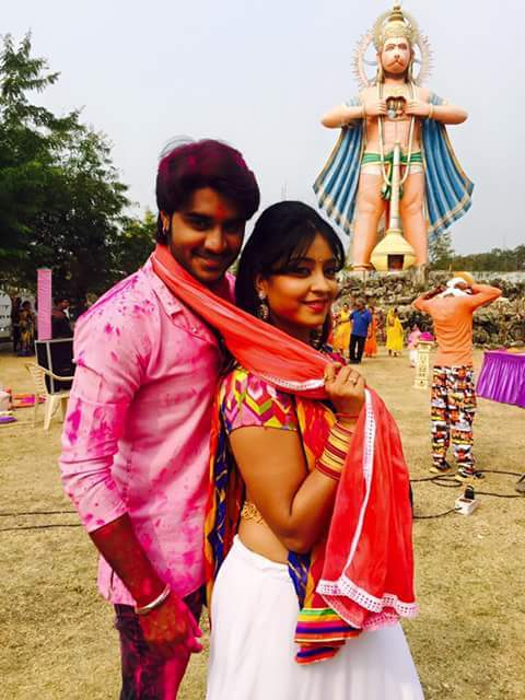 Subhi Sharma, Pradeep Pandey Dulhan Chahi Pakistan Se Bhojpuri Movie Shooting stills