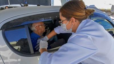 Com 19 mil doses aplicadas, vacinação contra a gripe em Campos retoma dia 30
