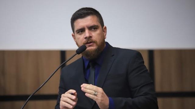 Jamerson Ferreira reforça pedido de inquérito para investigar vendas e abandonos de casas em conjuntos habitacionais, em Patos