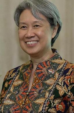Ho Ching, Ceo Temasek Yang Sempat  Dikira Pelayan Shangri-La Dan Pemain Barongsai