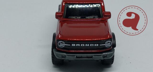 2021 Ford Bronco Tampak Depan