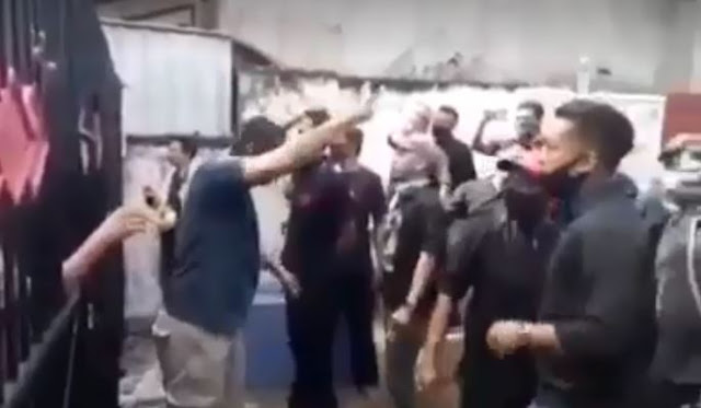 Spanduk Penolakan Asyura di Semarang: Syiah Bukan Islam, Syiah Melecehkan Isteri & Sahabat Nabi