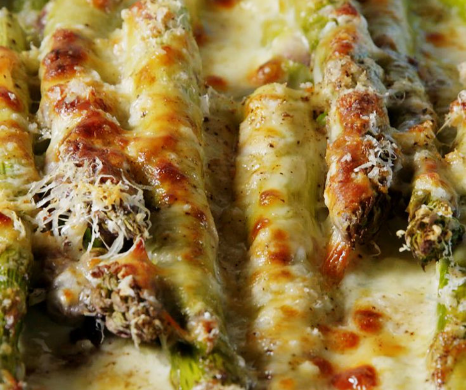 Cheesy Baked Asparagus Is The Side That Becomes Your Main - food-drink-recipes.com
