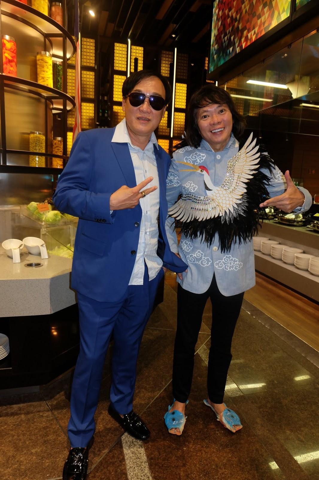 Kee Hua Chee Live!