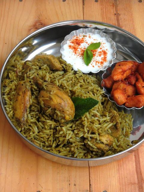 Herbal Chicken Biriyani, Green Chutney Chicken Briyani