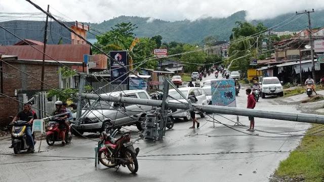 Gempa Dahsyat Hantam Majene, Rumah Sakit, Hotel dan Kantor Gubernur Ambruk