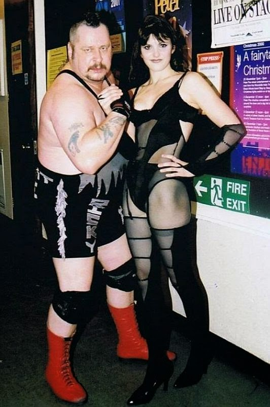 Sweet Saraya and Ricky Knight-wrestling-british wrestling
