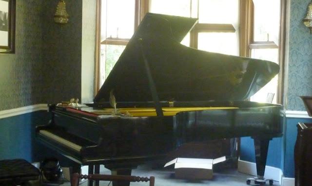 piano-villa-1900