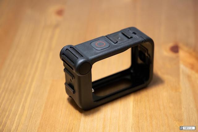 【開箱】發揮 GoPro 攝影機完整擴充能力 - Media Mod 媒體模組 - Media 媒體模組最實用的冷靴座、麥克風
