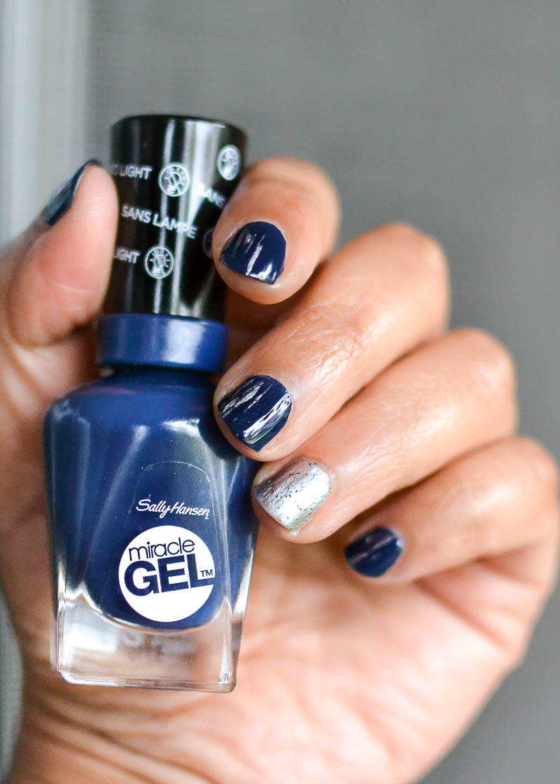 Easy Silver Gray Blue Nail Art Steps Tutorial Sally Hansen Miracle Gel Nail Polish in Midnight Mod