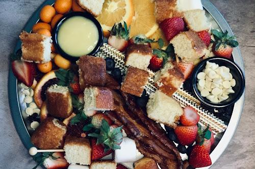 Dessert Charcuterie Board | Nik Snacks #SpringSweetsWeek