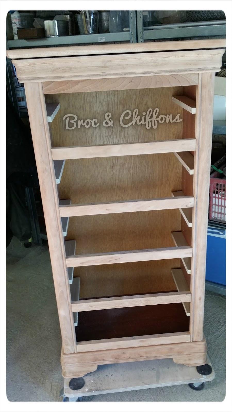 broc et chiffons relooking de meubles dans les deux s vres 79 patine l 39 ancienne un. Black Bedroom Furniture Sets. Home Design Ideas
