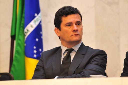 Moro rebate Bolsonaro e diz que não negociou vaga no STF
