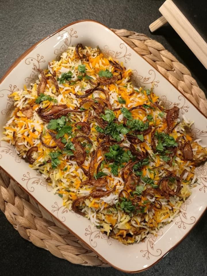برياني الدجاج الهندي بمكعبات صدور الدجاج المخليه