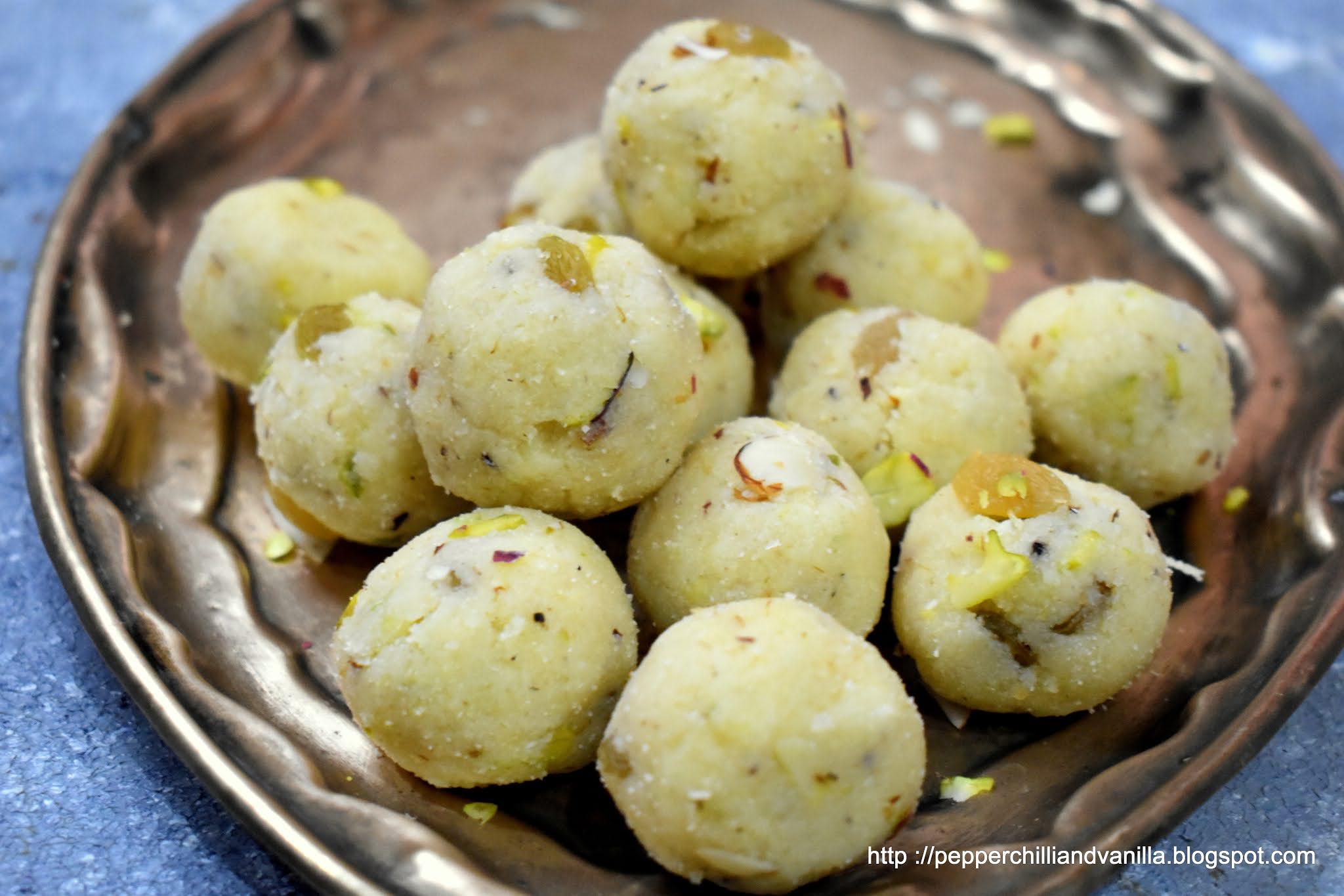 how to make coconut rava ladoo,rava coconut ladu