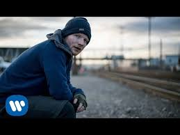 Ed Sheeran - Shape of You [Official lyrics]
