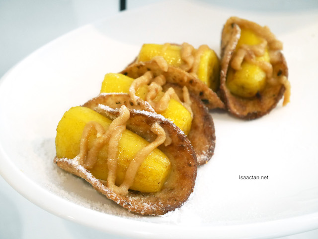 These were served at the workshop, Deep Fried Peanut Butter Banana Roll. I could not get enough of it!