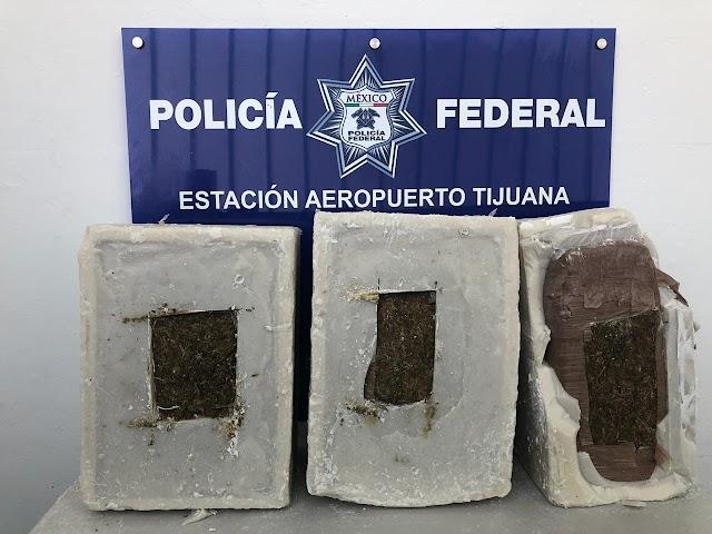 EN BAJA CALIFORNIA, POLICÍA FEDERAL ASEGURA 90 KILOS DE APARENTE  MARIHUANA QUE ERA TRANSPORTADA EN CUBOS DE CERA